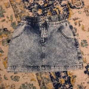 NEVER WORN! Urban Outfitters acid wash jean skirt